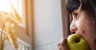 La influencia de la alimentación en la salud capilar
